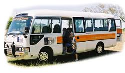 food-trail-tours-bus